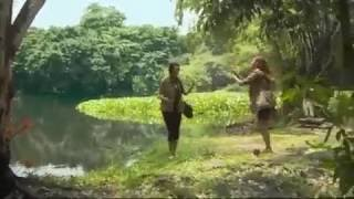 horror video a sexy lady eaten by crocodile 2016