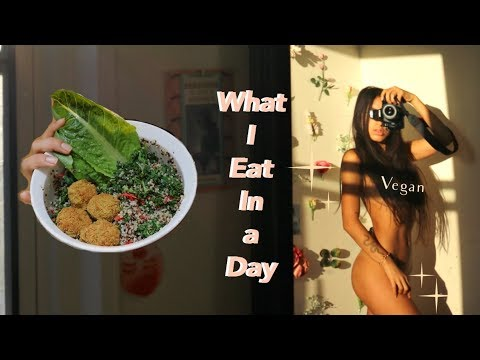 WHAT I EAT IN A DAY Vlog | Balanced Vegan Diet