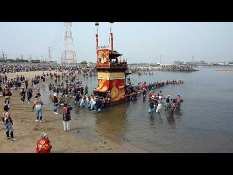 2010亀崎� �干祭後の日「海浜曳き下ろし」西組