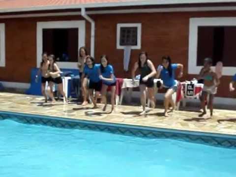 MOV00342.MPG Meninas na piscina UFC Camp 2013