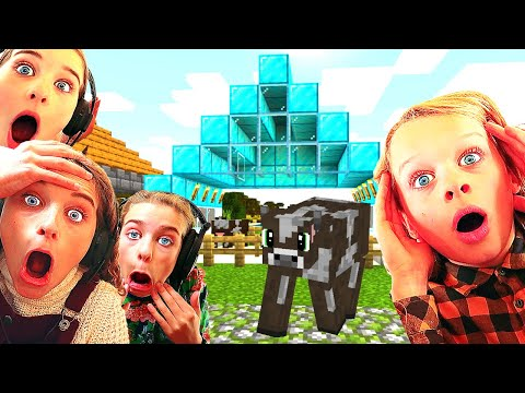 WHICH KID BUILDS THE BEST FARM ANIMAL PEN Minecraft w The Norris Nuts