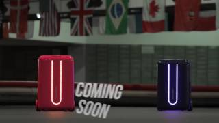 Futuristic Robot Suitcase Racing