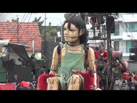 Day 1. The Giants. Little Girl Giant in Perth. Royal de Luxe. Perth Australia