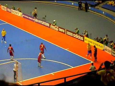 Bicicleta do Falcão na Copa do Mundo de Futsal