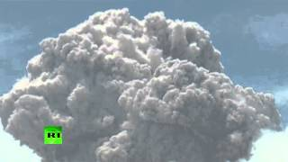 Avalanches of smoke: Apocalyptic scenes as Indonesian Sinabung volcano erupts