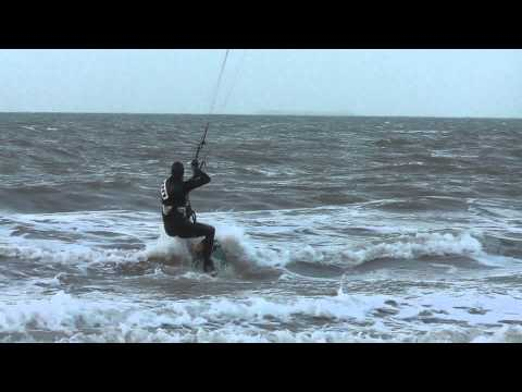 (HD) Kitesurfing North Sea Scheveningen - 26-12-2012