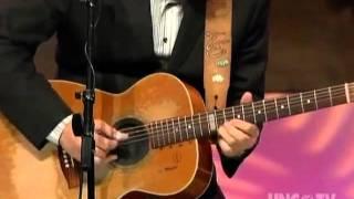 Tommy Emmanuel - Guitarist Extraordinaire