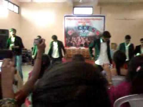 most funny dance  Amravati chavat boys  at vidya bharti college