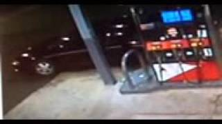 Security video shows man stealing car with baby inside