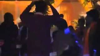 Vip  Hot Mujra Dance In Wedding 2011