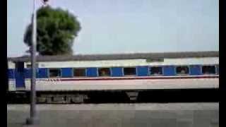Tez Gam Express crossing to bahawal pur