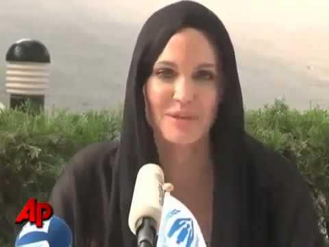 Xxx Mp4 Angelina Jolie Défend Le Coran 2 Islam Mp4 3gp Sex
