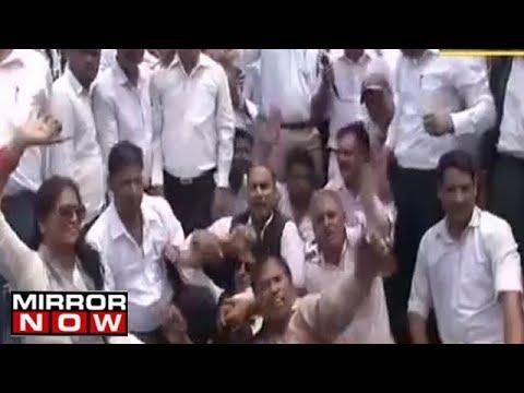 Xxx Mp4 Meerut Lawyers Protest Against Yogi Adityanath S Government 3gp Sex