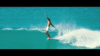 TooTs. Queens, Waikiki - Surfing in Hawaii