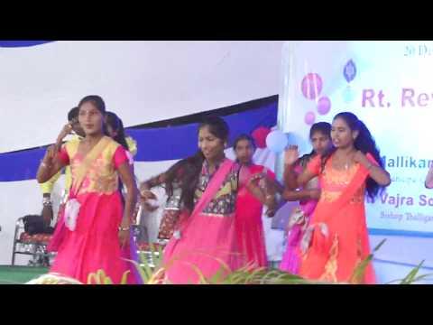 Xxx Mp4 Vinnara Vinnara Telugu Christmas Song CSI Church Medak Choreography By Dancer Praveen Anand 3gp Sex