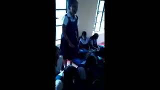 Ranchi blind girl Tumpa sing a song sun rha h n tu