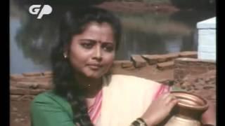 Soniyachi Mumbai - Full Movie | Laxmikant Berde, Priya Arun, Deepak Shirke