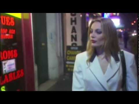 Laure Sainclair goes to a Peep Show