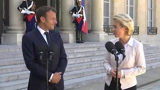 Фон дер Ляйен и Макрон в Париже