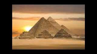 Firavun, karısı Asiye'nin dinden dönmesi için her türlü işkenceye başvurdu