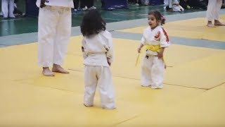 "Two toddlers ""fight"" in adorable Judo match, but it's the winner's reaction that's going viral"
