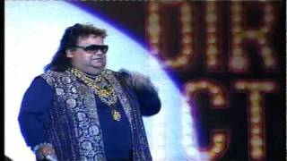 Bappi Lahiri & Shreya Ghoshal Singing 'Oo La La'