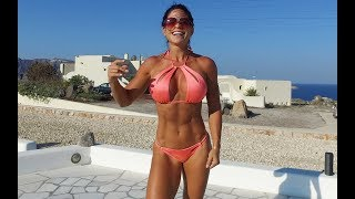 MICHELLE LEWIN Workout: Abs!