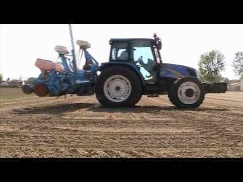 Seminatrice Monosem 8 file e New Holland T 5060