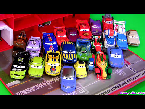 Cars2 Tomica Storage Carry Case Display 19 CARS Disney Pixar Takara Tomy Review by Funtoys