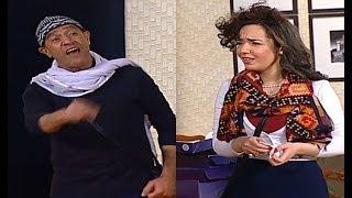"""نجوم تياترو مصر يتريقون على """"سارة درزاوي """" علشان لدغه في ( ر ) هتموت من الضحك 😂😅 #تياترو_مصر"""
