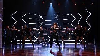 Meghan Trainor Performs 'No'