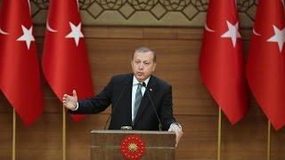 أردوغان يبدأ بممارسة صلاحياته الجديدة متجاهلا الطعون الموجهة للاستفتاء