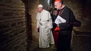 Relic of St. Peter's Bones Displayed At Pope's Mass Marking End Of Year Of Faith