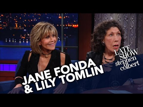 Jane Fonda and Lily Tomlin On Marching Protesting And Being Arrested