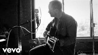Chris Tomlin - Jesus Loves Me (Love Ran Red Acoustic Sessions)