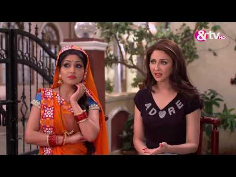 Xxx Mp4 Bhabi Ji Ghar Par Hain भाबीजी घर पर हैं Episode 582 May 22 2017 Best Scene 3gp Sex