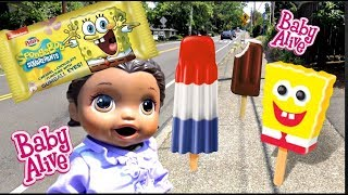BABY ALIVE gets SPONGE BOB ICE CREAM! The Lilly and Mommy Show! The TOYTASTIC Sisters