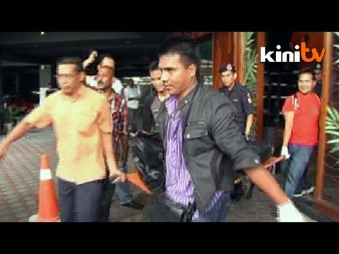 Penang police gun down 5 suspects in shootout