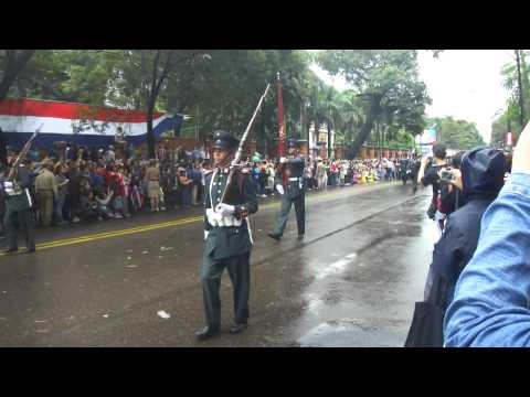 Bicentenario Paraguay Desfile Militar 1