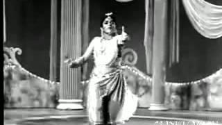 LAAGA CHUNRI MEIN DAAG -MANNA DEY -SAHIR - ROSHAN (DIL HI TO HAI  1963)
