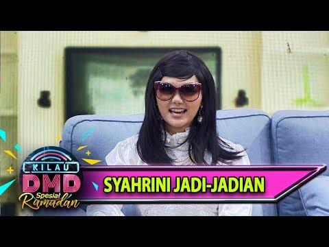 Download LUCU Syahrini Jadi-jadian Punya Cara Gaya Duduk yg Oke - Kilau DMD (165) free