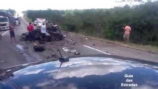 Acidente BR 101 - Caminhão vs Carro com vitima fatal