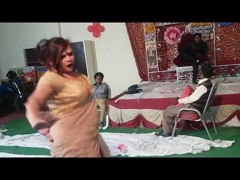 Xxx Mp4 हिजड़ों का अश्लील डांस 18 साल से कम वाले ना देखें Kinar Dance In Marriage 3gp Sex