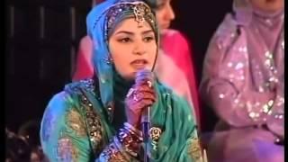 Apni Nisbat Say Mein Kuch Nahi Hoon   Best Naat By Hooria Faheem Mehfil e Milad 12 Rabi ul Awal 2010