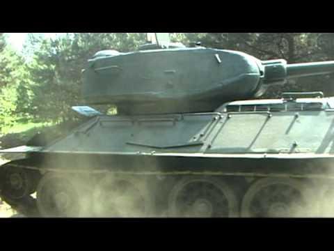 Czołg T 34 z Dąbrowy Górniczej.mp4