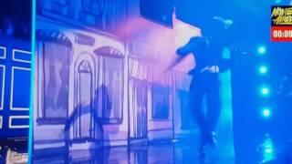 Tom Holland performs Rihanna's Umbrella
