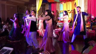 Sadaf and Sabih mendhi dance performance