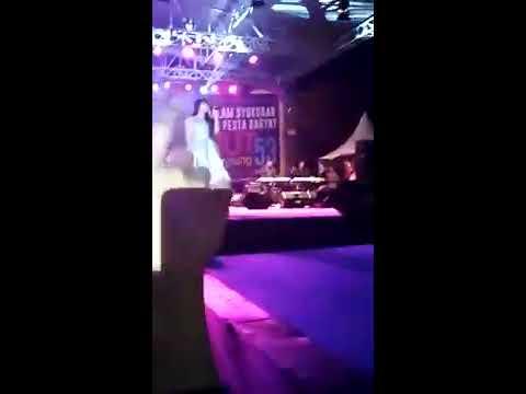 Xxx Mp4 Via Vallen Edan Turun Live Lap Saburai Bandar Lampung 21 Maret 2017 3gp Sex