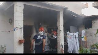 Ora News - Shkëndija elektrike shkrumbon banesën në Fier