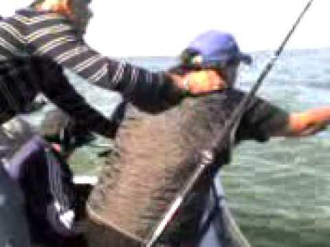 Pesca embarcado en Uruguay.3gp